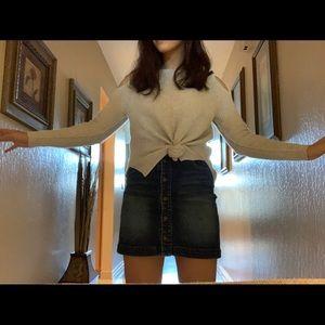 Denim button up high waisted skirt.